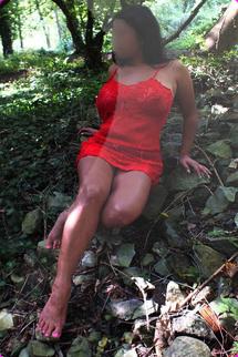 Nicole, Cardiff Bay, Latina Escort